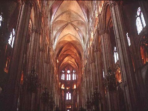 CHARTRES_CATEDRAL1.jpg