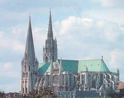 chartres_cathedrale_aero_sur.jpg