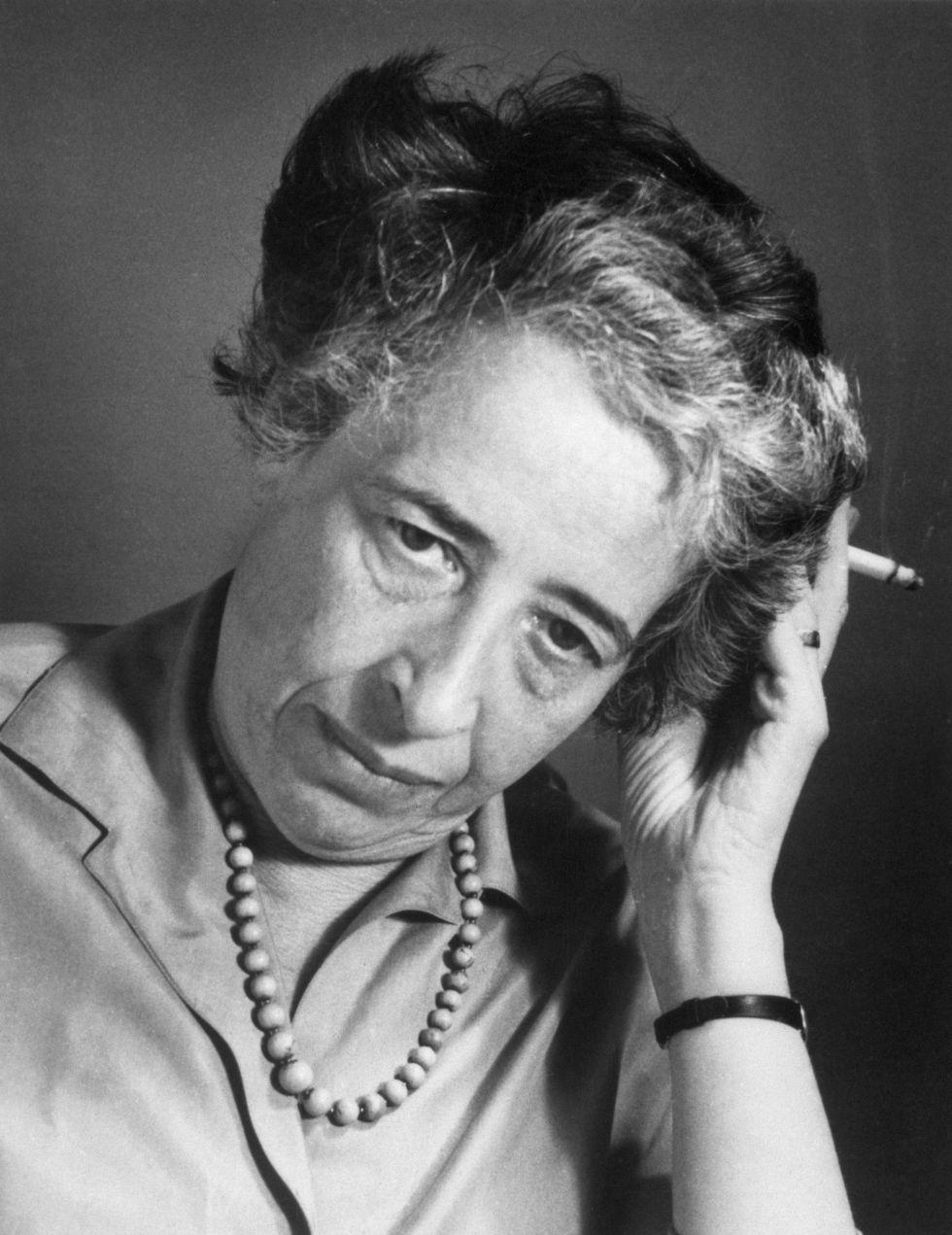 Hannah Arendt Mayor Fumando