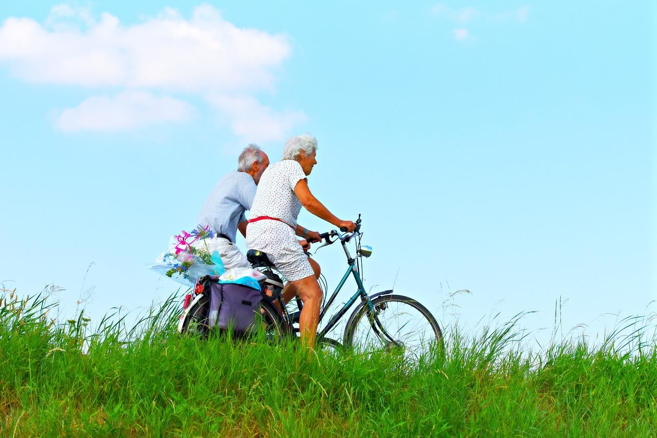 ancianos bici
