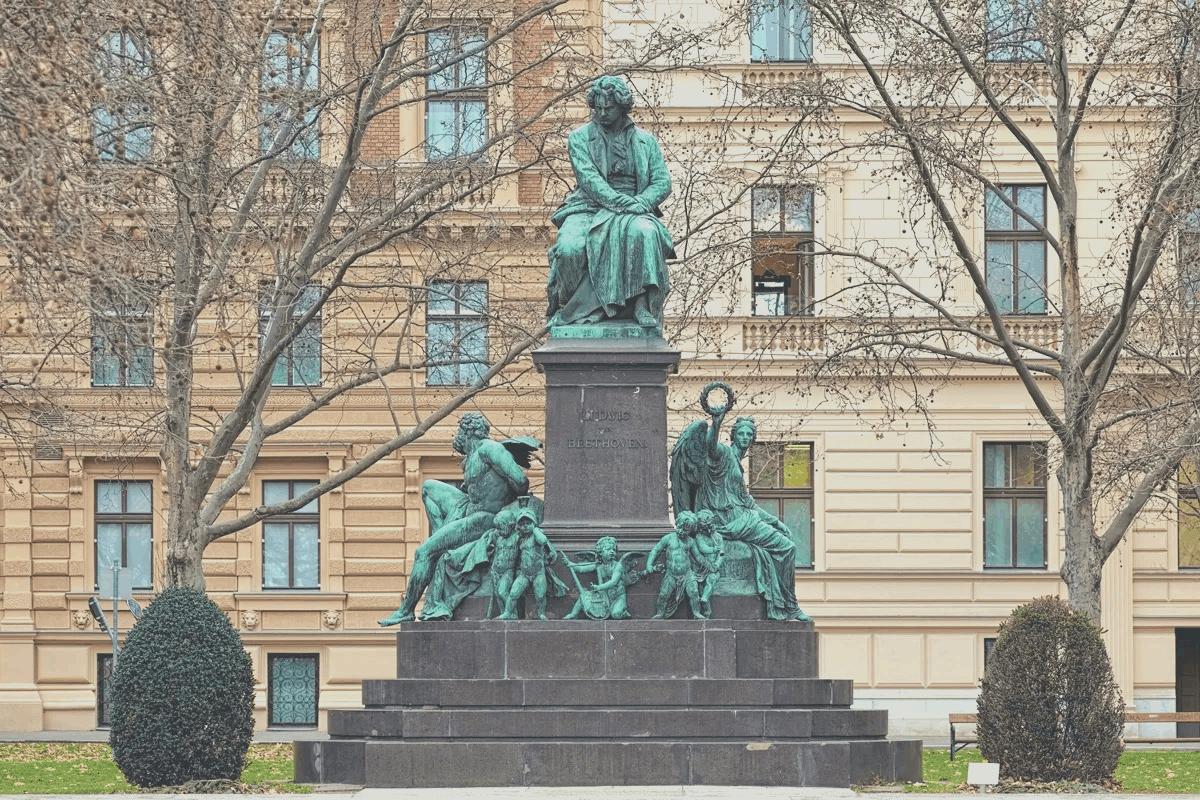 011 Escultura en Viena