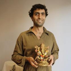 Entrevista a Naren Herrero: Hinduismo para la vida moderna